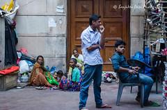 Nizamuddin dargah basti-10 (Sanjukta Basu) Tags: monuments delhi heritage restorationproject nizamuddin people outdoor poverty homeless urbanpoor slum india basti streetphotography