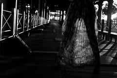 Sole 4 (Jezabel Galn) Tags: modelo model mujer woman huelva ra muelle del tinto luz light jezabel sky canon rflex negro y blanco shadow sombras