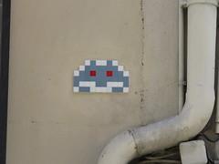 Space Invader PA_003 (tofz4u) Tags: 75005 paris streetart artderue invader spaceinvader spaceinvaders mosaque mosaic tile reactivated restaur pa003 pa03 blanc bleu gris white