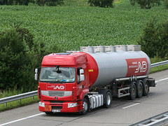 ND 11 (Mulligan2001) Tags: truck renault premium norbertdentressangle