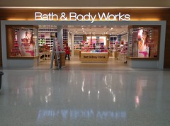 Bath & Body Works - Berkeley Mall