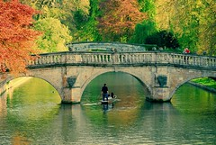 River Cam/,  (Brady Fang) Tags: uk travel bridge cambridge art love beautiful beauty river google couple university flickr cam curves creative best british d80 fangwei beautifulcapture fangweisoton flickraward bestcapturesaoi flickraward5 flickrawardgallery fangweihust