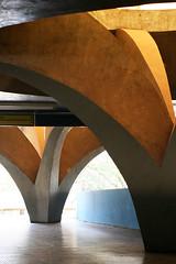 Rodoviria de Ja . Vilanova Artigas (Luciano Avanco) Tags: arquitetura modernarchitecture ja artigas ef50mmf14usm arquiteturabrasileira arquiteturamoderna brazilianarchitecture joobatistavilanovaartigas iluminaozenital zenithallighting rodoviriaja coachesstation