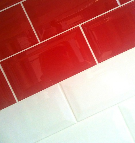 Red And White Tiles For Bathroom