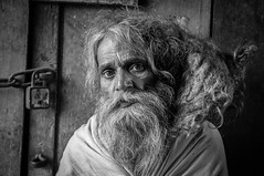 MATHURA, INDIA (ulambert) Tags: india uttarpradesh mathura sadhu portrait baba blackwhite bw street oldman travel