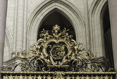 Eucharistic Emblems (Lawrence OP) Tags: france amiens cathedral gold railings screen grapes wheat eucharist emblems
