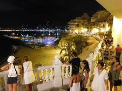 Agradable paseo por Benidorm (PedroValiente) Tags: playademalpas benidorm vacaciones16 acantilado alicante espaa