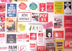 Matriel militant (SuperPlancton) Tags: matriel autocollant communist communiste pcf mjcf jeunes communistes comunismo marxismo marxisme lhumanit pce  komnizm frana france franais sticker francezi kommunisme kommunizmus