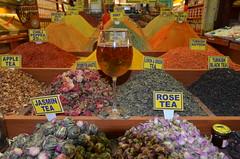 DSC_6549 (Joop Reuvecamp) Tags: spice istanbul egyptian bazaar eminn egyptische kruidenbazaar