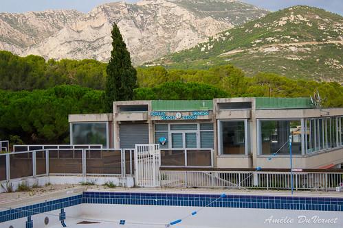 "La piscine dans la garrigue • <a style=""font-size:0.8em;"" href=""http://www.flickr.com/photos/60395175@N00/8103458463/"" target=""_blank"">View on Flickr</a>"