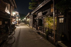 Night street of Takayama (peaceful-jp-scenery) Tags: night evening sony explore  takayama  amount carlzeiss   dslra900 sal2470z 900 variosonnart2470mmf28za