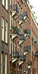 Rustenburgerstraat 237 en hoger, Amsterdam (Peer1955) Tags: amsterdam depijp balconies rustenburgerstraat