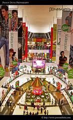 South City Mall (PrasunDutta) Tags: city india mall nikon ad colorphotography hoarding shoppingmall kolkata placard westbengal southcity metrocity d90 prasun southkolkata jadavpur princeanwarshahroad nikond90 mallinside southcitymall malldecoration prasundutta paschimbanga prasunsphotography pujacelebration