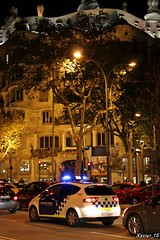 "Guàrdia Urbana de Barcelona (Xavier_15) Tags: barcelona españa car de spain cops force bcn police catalonia spanish vehicle urbana catalunya local 112 department 092 patrol cataluña municipal catalan guardia dept officers gub policía patrulla urbana"" barcelona"" municipal"" local"" ""guardia ""policia"