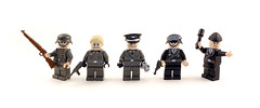 Soldiers Of The Father Land (Hammerstein NWC) Tags: germany tank lego ironcross odd binoculars crew german ww2 soldiers 1942 minifig 1945 hiro monocle axis nai 1944 helm 1943 panzer stahl worldwartwo luger wehrmacht odg rydell stahlhelm tankcrew mp40 kar98 stickgrenade brickarms axispower