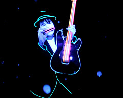 Neon Under Black Lights (Pennan_Brae) Tags: oregon suits neon glow musicvideo pennanbrae farfromearthfilms