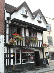 King Charles House (bryanilona) Tags: inn kingcharleshouse pub worcester black white timbered building