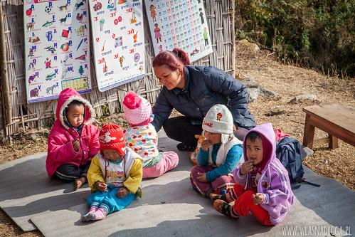 Przedszkole w Himalajach