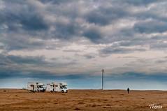 Punta de la Banya (Gatodidi) Tags: deltadelebre deltebre tarragona catalunya catalua spain espaa paisaje mar paisatje cielo nubes azul agua rocas sunsets atardecer playa arena landscape nikon d90 dunas punta fangar faro bassadelaalfacada sunset banya riumar