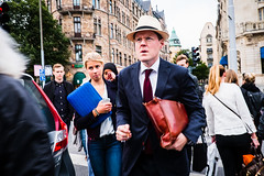Rush hour (@lattefarsan) Tags: streetphoto streetphotography street city stockholm sweden rush rushhour hat tie