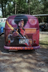 Magic bus (Ronald_H) Tags: jimi hendrix magic bus wanroij half frame film 2016