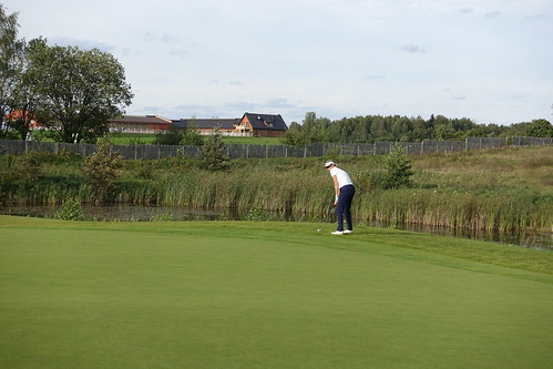 Networking golf (1)