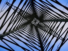 powerful (FotoTrenz NRW) Tags: energie strom strommast power pylom linien gitter perspective structure architecture oben muster pattern diagonale himmel sky blue powerful outdoor duisburg nrw electricity elektrizitt stromversorgung industrie industrial infrastruktur hoch high highvoltage abstract panasonic lumixg5