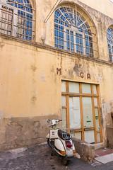 Mercato (Peter Lendvai) Tags: toscana tuscany italy 2016 travel peterlendvai phototrip mercato vespa urban portoferraio isoladelba