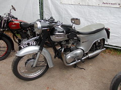 Triumph Thunderbird (Zappadong) Tags: bike hamburg motorbike triumph thunderbird stadtpark 2012 motorrad revival 6t zweirad
