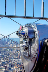 (ashleigh290) Tags: downtown skyscrapers sunny tourist empirestatebuilding visiting observationdeck beautifulday paybinoculars