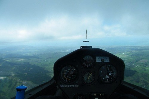 Ridge Soaring in the DG1000 - 20 Oct 2012