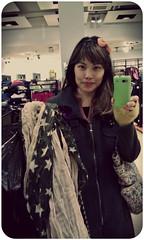 Vintage Star Scarf (alachia) Tags: scarf germany stars wiesbaden newyorker jacket 2012 halloweenfestival alachia