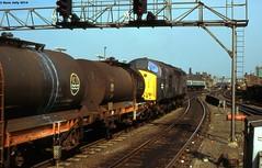 40150 (Hoover 29) Tags: england diesel leeds freighttrain type4 40150 class40