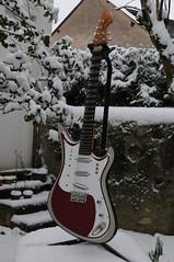 Teisco Spectrocaster Snow 01 j (milenko_bradanov) Tags: snow spectrum neige teisco spectrocaster