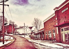 Elm Street (Hillside_photography) Tags: street art photography photo crossprocessed cross style elm hdr processes iphotography iphotographer uploaded:by=flickrmobile hillsidephotography flickriosapp:filter=nofilter