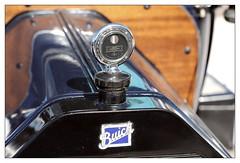 Buick (Ruud Onos) Tags: nationale oldtimerdag lelystad nationaleoldtimerdaglelystad ruudonos oldtimerdaglelystad havhistorischeautomobielverenigingnederland