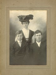 Cousins (Brian Bowrin) Tags: cousins bowrin 1900s bought purchased photo photograph hats