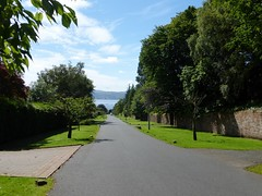 River Clyde, viewed from Upper Colquhoun Street, Helensburgh (luckypenguin) Tags: scotland lochlomond helensburgh balloch johnmuirway river clyde