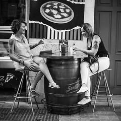 Pepe Reyes160905-005 (Pepe Reyes (jorego)) Tags: 2016 bn bar barril compaia fotografacallejera mujeres streetphotography tatoo terraza