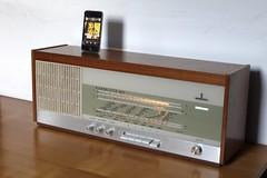 Radio Klangmeister RG72 (Sonus Radio) Tags: radio vintage switzerland ipod siemens aarau retro iphone klangmeister rhrenradio