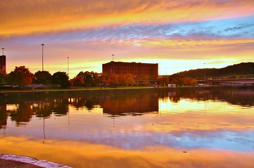 Setting Sun over Cumberland Basin by ChodHound, on Flickr