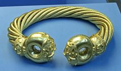 Snettisham Great Torc (f_snarfel) Tags: britishmuseum snettisham greattorc snettishamhoard celticbritain snettishamtreasure icenitribe toptencelticartifacts snettishamgreattorc ecenitribe westerncelts