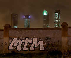 mtm - tonight in madrid (dug_da_bug) Tags: madrid graffiti spain diego dani mtm vv madridtemata vandalvoyeur diegomtm danimtm