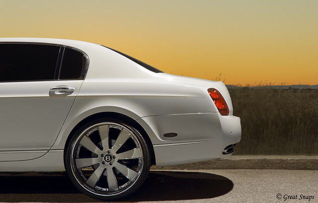 sunset car sedan photography luxury bentley compilation carphotography luxurysedan bentleycontinentalflyingspur canonphotography propercars exoticsedan