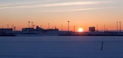 Sunrise over Lnsisatama (Antti Tassberg) Tags: morning winter snow ice sunrise suomi finland dawn helsinki europe eu scandinavia lumi talvi satama wintry j lnsisatama capitalcity jtksaari aamu auringonnousu hesa stadi talvinen pkaupunki lauttasaarensalmi