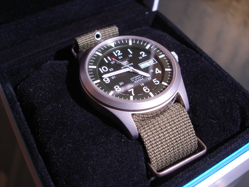 b7144543551 Seiko 5 Sports Military (weqtor) Tags  military watch seiko natostrap seiko5  seiko5sports snzg09