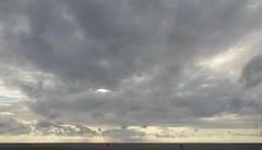 Regenneigung in St. Peter-Ording; Eiderstedt, Nordfriesland (1) (Chironius) Tags: eiderstedt nordfriesland schleswigholstein deutschland germany allemagne alemania germania    ogie pomie szlezwigholsztyn niemcy pomienie stpeterording nordsee meer see wolken clouds wolke nube nuvole sky nuage  himmel ciel cielo hemel  gkyz northsea mardelnorte maredelnord merdunord