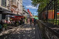 Quebec City Walkway (brev99) Tags: street streetscape cityscape people walkway perfecteffects10 ononesoftware tokina1224dxii atx124afprodx quebeccity canada shadows restaurant fence d7100