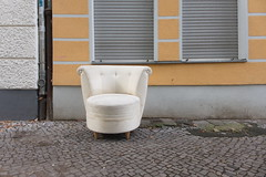 Please take a seat #487 (sterreich_ungern) Tags: serie collection stuhl chair seat lost abandoned 44 nk berlin