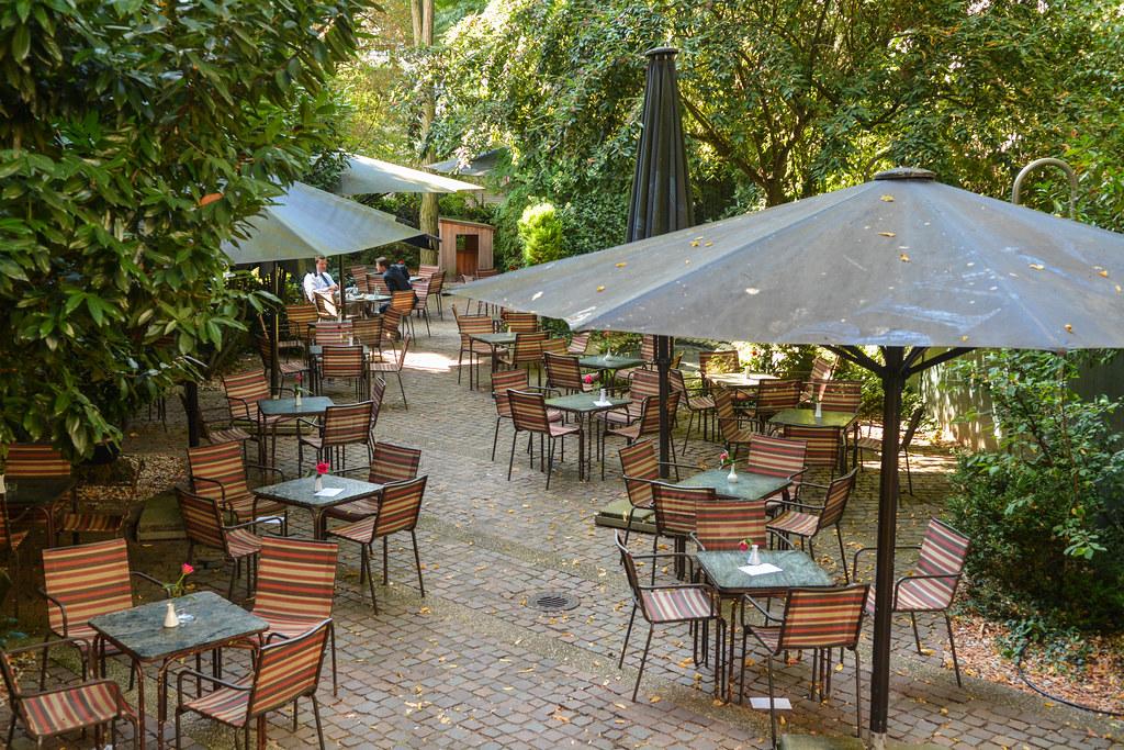 2016 Garten Von Café Lauter (mercatormovens) Tags: Cafelaumer Cafe Garten  Sommer Outdoor Gartenmöbel
